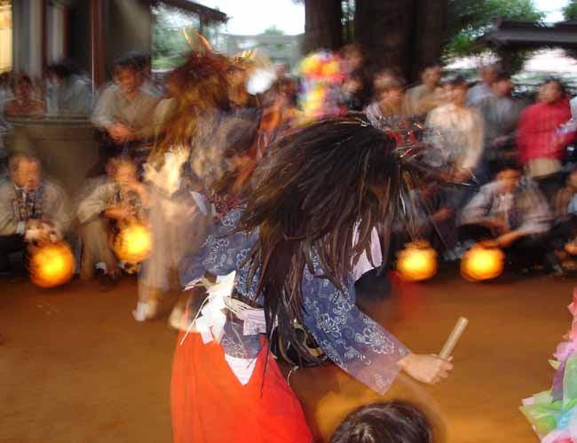 獅子舞の美しい姿